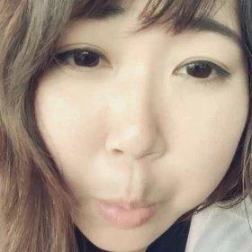 路飞爱吃肉肉 30岁 期望两年内结婚 上海-浦东新区 163cm 10W以下 ________ 首先希望你真的喜爱动物 、     因为我除了自己收养动物以外 、      还会每天喂养小区流浪猫 、     期待饭后可以和你一起散步救助流浪动物 、       :) _________ 我没有美貌 、身材 、      我不温柔 、不淑女 、还是个女汉纸 、      但 、     我真诚 、爱家 、有责任心 、      我可以和你一起学习 、买菜 、做饭 、看剧 、游戏 、锻炼 、旅行 、     如果你对地域、外貌、身材有要求 、     我应该会受不了那委屈 、     我也不需要什么大长腿、高收入、嘴上说自己有趣的人、      只希望 、      能遇见相扶相持相伴相守一生的另一半 、