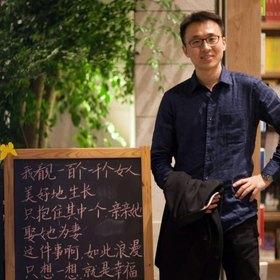 王晓波 33岁 期望一年内结婚 北京 177cm 20W~30W 谢谢你花时间看我的资料,不论是否有缘份相识。我把自己的情况相对完整而真实地展示在这里,希望能节省你的时间,让你了解我。  从事互联网新媒体工作(也许你关注的热门微博或微信公众账号中有些是属于我们公司的)  性格温和、脾气很好,能跟大部分人很好地相处,但也不是说没有棱角。  爱好游泳、摄影和吉他  我想有个家,希望你能感受到我的真诚。如果合适,我们可以试着相处,不合适的话,也没关系,说清楚就好,绝不暧昧,因为不想浪费别人和自己宝贵的时间和感情。  谢谢你看完,祝福!