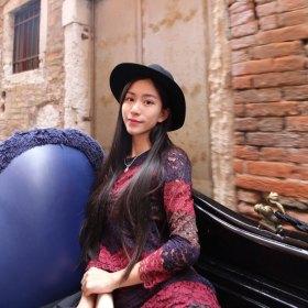 Flora 27岁 期望一年内结婚 浙江-湖州 168cm 10W~20W 花艺设计 主理人