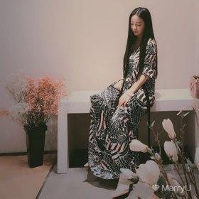 BiuBiu 25岁 期望两年内结婚 陕西-西安 162cm 10W以下 不喜欢肉肉的女生就别打招呼了,浪费彼此时间。