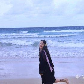 其實很相信 24歲 期望兩年內結婚 浙江-杭州 166cm 10W~20W 需要陪伴也可以給你懷抱。喜歡吉他喜歡攝影,喜歡世上一切美好事物,只是還少個喜歡的你吶。