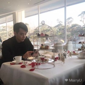 louisleelcx 24岁 期望一年内结婚 广东-广州 172cm 30W~50W 创业小青年,多伦多海归,自有房车,有过几段恋爱经历