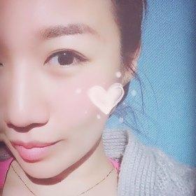 Cytheria 25岁 期望两年内结婚 北京-丰台区 166cm 10W~20W 现在在北京定居,目前是瑜伽老师。爱吃,爱瑜伽,爱电影,爱生活,爱自由,爱运动。比较容易也有兴趣接受新鲜事物,敢于尝试也容易放弃,喜新但不厌旧。