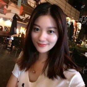 苏苏 30岁 期望一年内结婚 香港 172cm 30W~50W 传媒大学本科,清华经管学院在读研究生,就职于大型金融央企,性格比较随和开朗,希望对方能和我谈的来,学历工作背景相似,寻找有缘人。