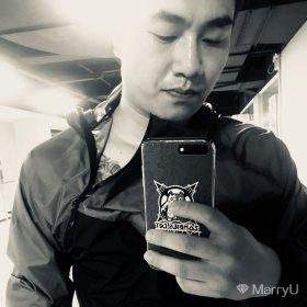 烟圈 33岁 期望两年内结婚 广东-广州 178cm 20W~30W 跟我拥有共同话题的时候,咱们会聊得很开心!离过婚,没孩子,只是想让自己的心重新温暖起来!