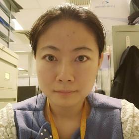 Julie 30岁 期望两年内结婚 香港特别行政区 173cm 10w~20w 本人现在在香港理工大学读博士,读博之前工作了一段时间,在乌鲁木齐疾病预防控制中心工作期间考取了全国的公共卫生执业医师资格证,之后在香港大学做了一年多的研究助理。在学习和工作上一直勤勤恳恳,也算有还好的回报。业余爱好就是逛逛街,跳跳舞,睡懒觉。但是感情上EQ不足,生活不精致,连个正式长久的恋情都木有。只能借助这个平台碰碰运气吧,愿早日找到合适的另一半。顺便说一下,本人从小在乌鲁木齐长大,是个老新疆人。