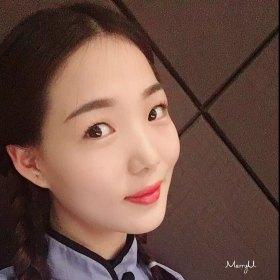 诺诺 26岁 期望两年内结婚 河南-郑州 167cm 10W~20W 终有一天,遇到这样一个人,毫无感情基础,但是感觉可以很好的一起生活的人。于是,疲惫不已的心,终于就愿意停靠。