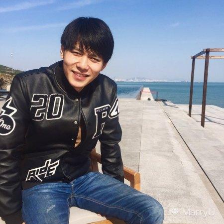 Ray 25岁 186cm 30W~50W 天蝎座 北京-朝阳区  在北京  符合条件的可以进一步了解 诚心找