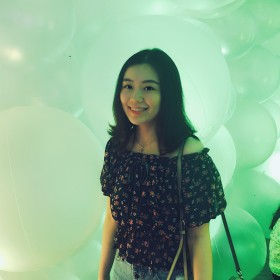 jasmine 26岁 期望两年内结婚 香港 158cm 20W~30W 成都人,珠海读大学,香港读硕士。
