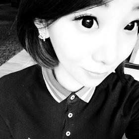 橘虞初梦。 28岁 期望一年内结婚 北京-朝阳区 165cm 10w~20w 就是觉得,  什么时候该办什么事儿 找个靠谱的对象谈个恋爱结个婚。 除了做饭现在还没想法去学,其它都会  哈哈哈